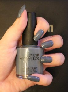 cnd-vinylux-nagellack-denim-patch-226