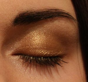 auge-gold-look-2